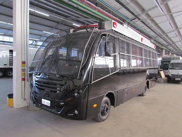 Eco X transforma micro-ônibus em unidade móvel para a PM de Goiás