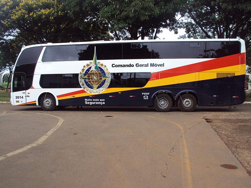 A Eco X transforma ônibus Policia Militar do Distrito Federal Doble Deck