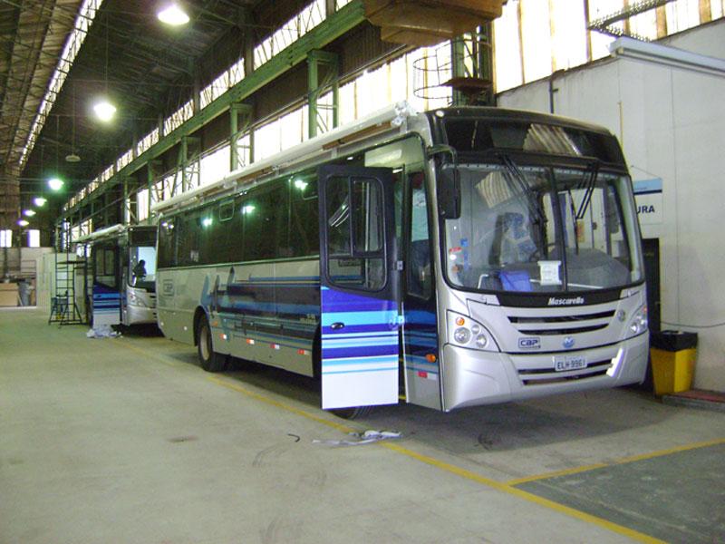A Eco X realizou a transformação de um ônibus em camarim movel para Pryslla