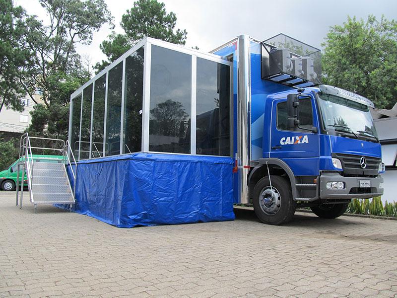 A Eco X transformou o Caminhão Baú para a Caixa Econômica