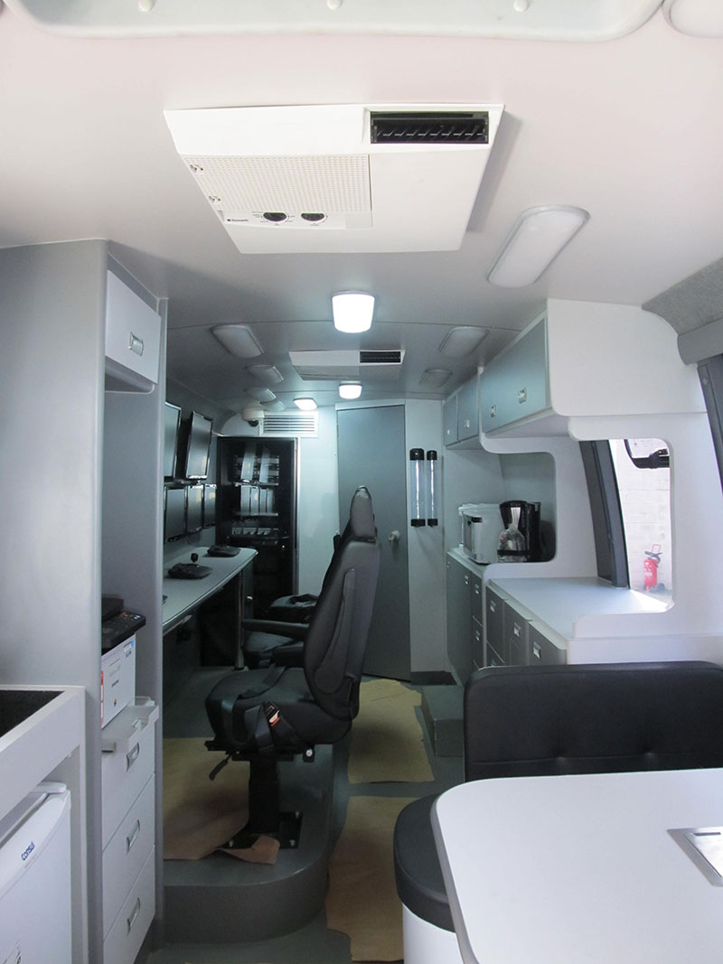 A Eco X transforma ônibus PMSP