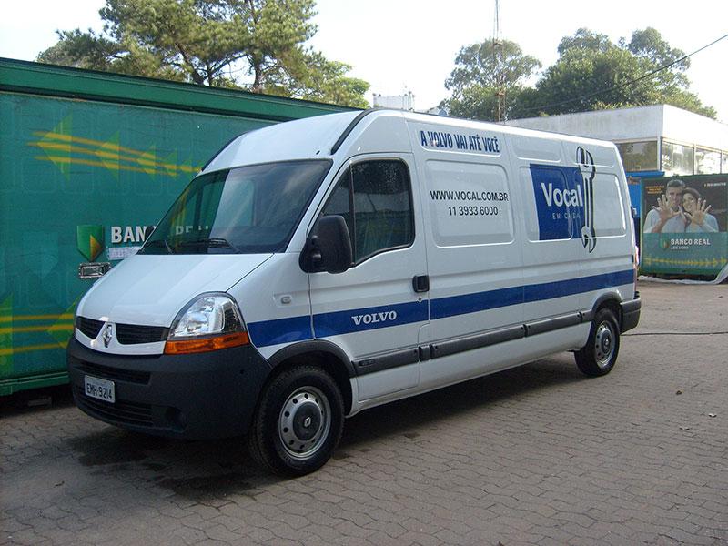 A Eco X transformou furgão Master para rede de concessionárias de caminhões Volvo