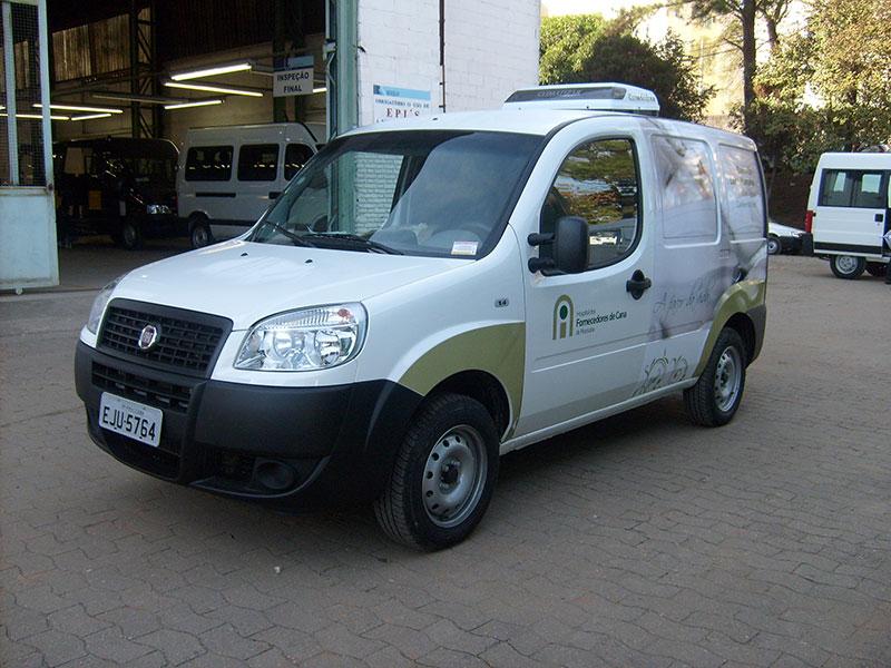A Eco X transformou o veículo Fiat Doblo para a HFC Banco de Leite
