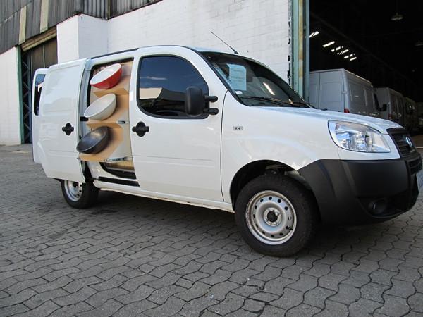 A Eco X transformou o veículo Fiat Doblo para a Eternit Louças