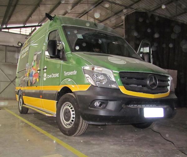 Sprinter Unidade Móvel Show Room Terra Verde